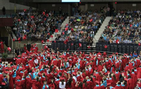 First Senior Class to Send out Custom Graduation Invitations